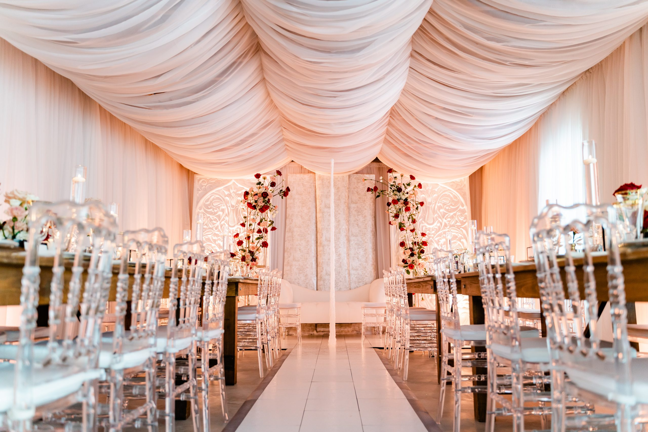 DESIGNING A WEDDING IN TWO WEEKS